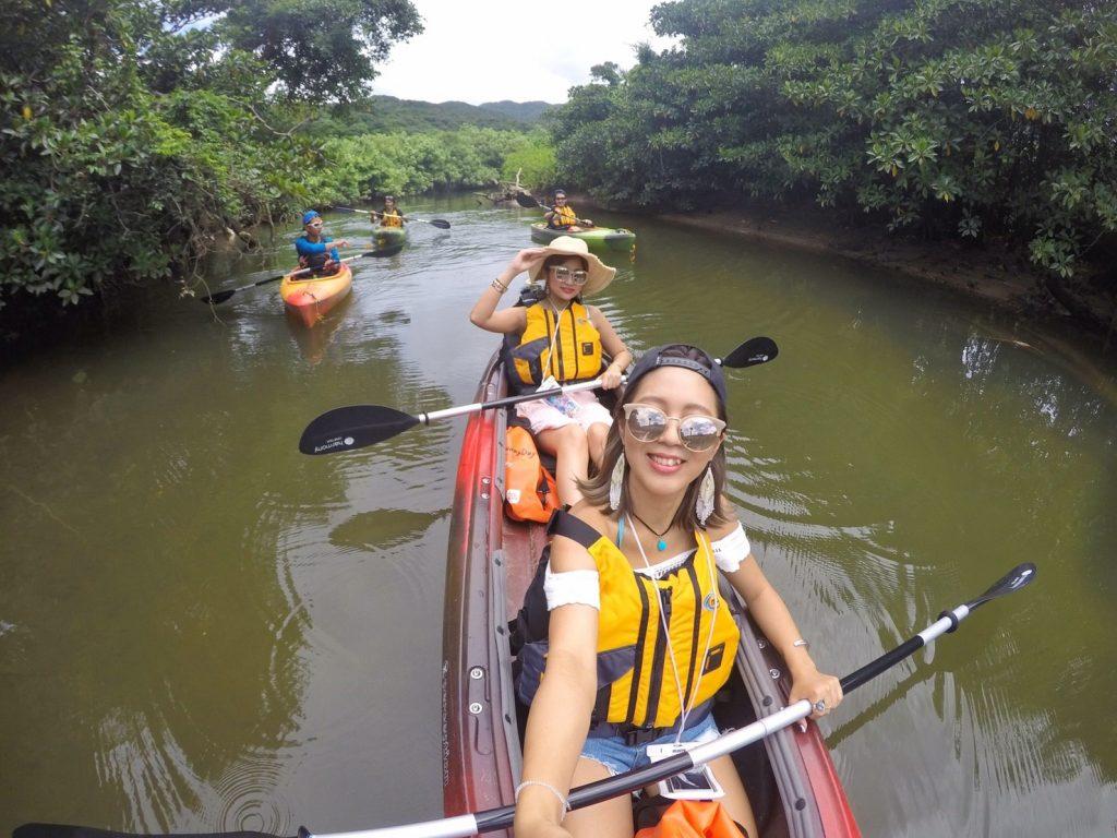 女子旅で行くマングローブカヌー