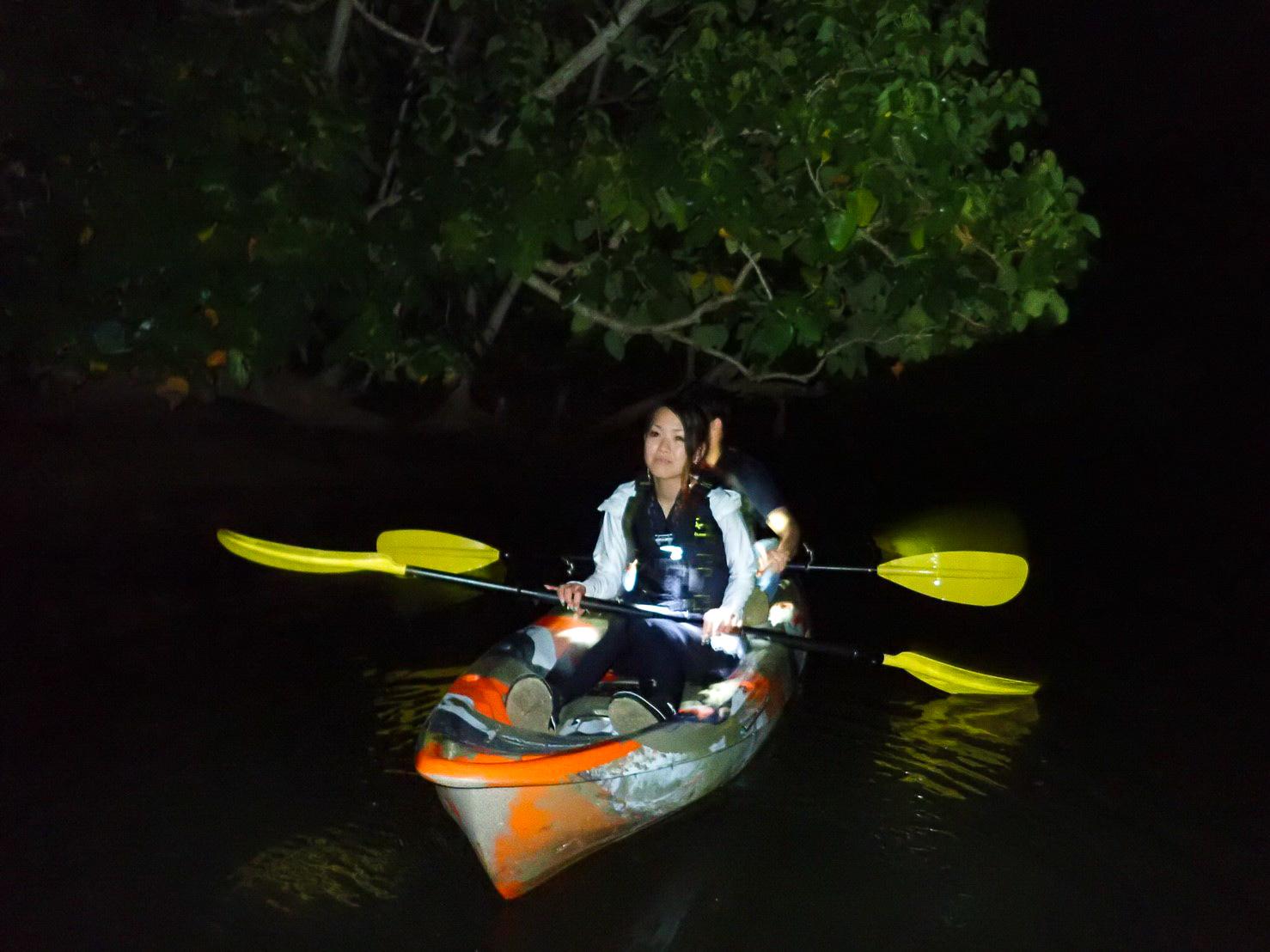 夕暮れ間際のカヌー