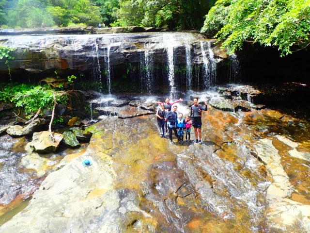 西表島のサンガラの滝