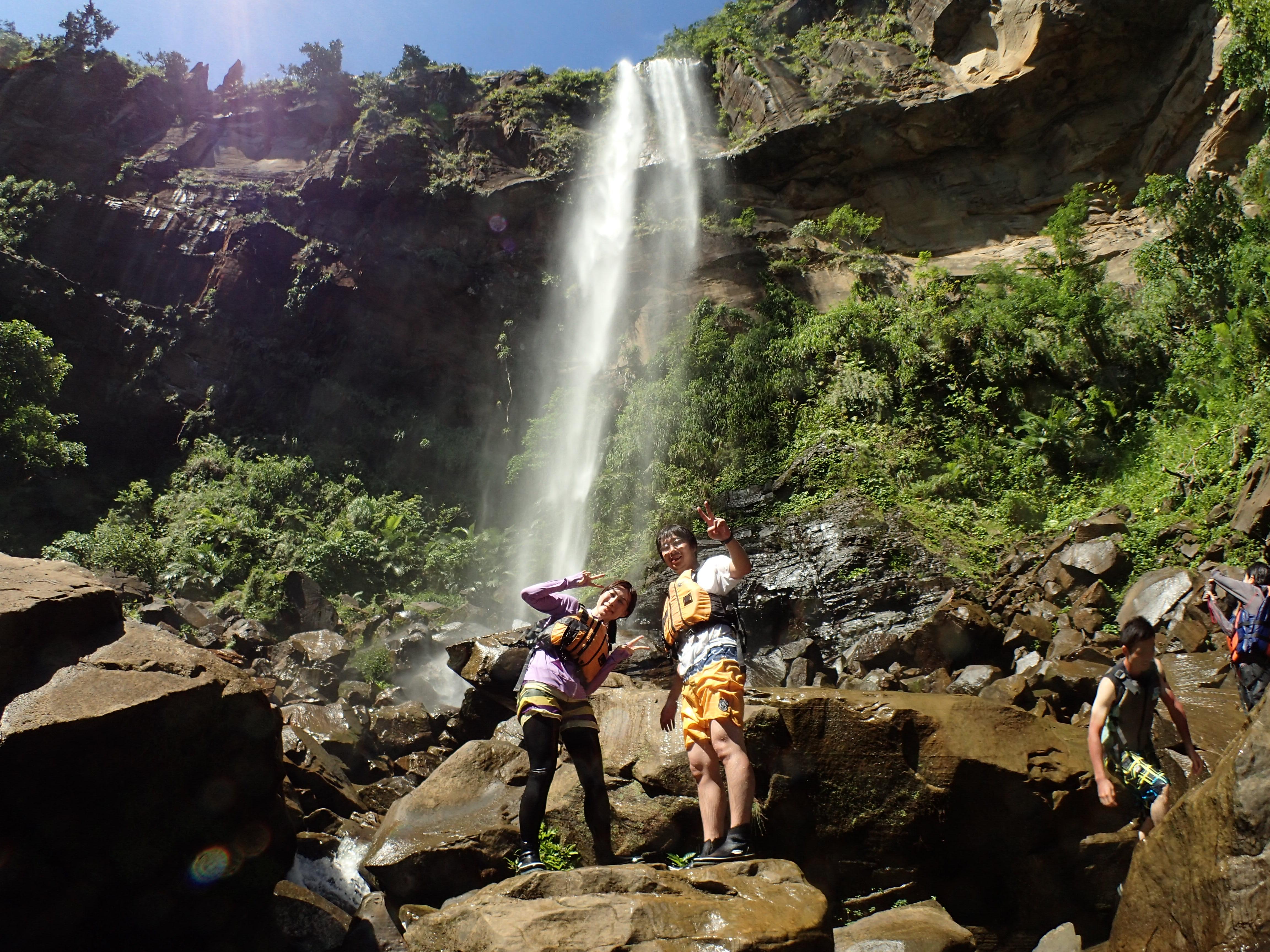 ピナイサーラの滝の前で一枚
