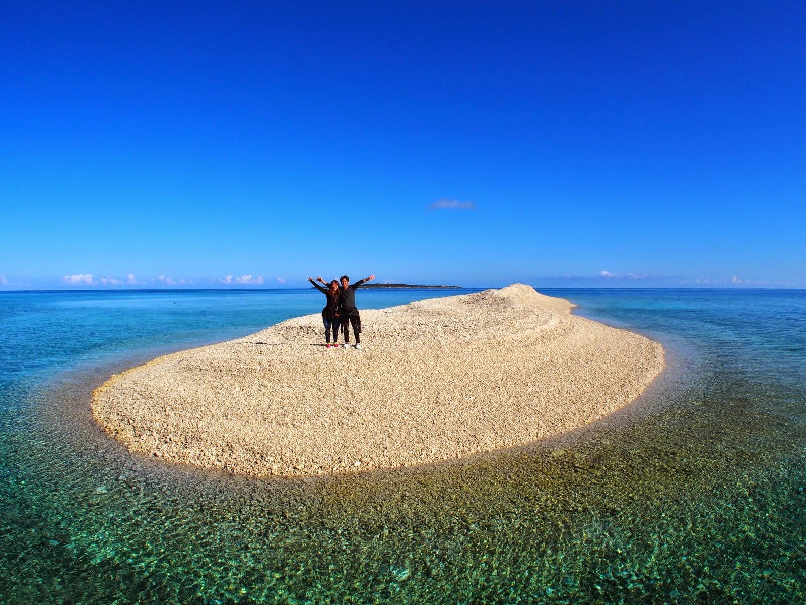 西表付近のバラス島で記念撮影