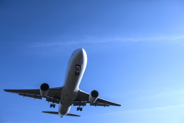 石垣島へ向かう航空機