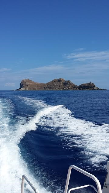西表島からフェリーで行くオガン島
