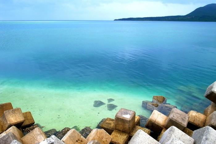西表島上原港からすぐのマルマビーチ観光