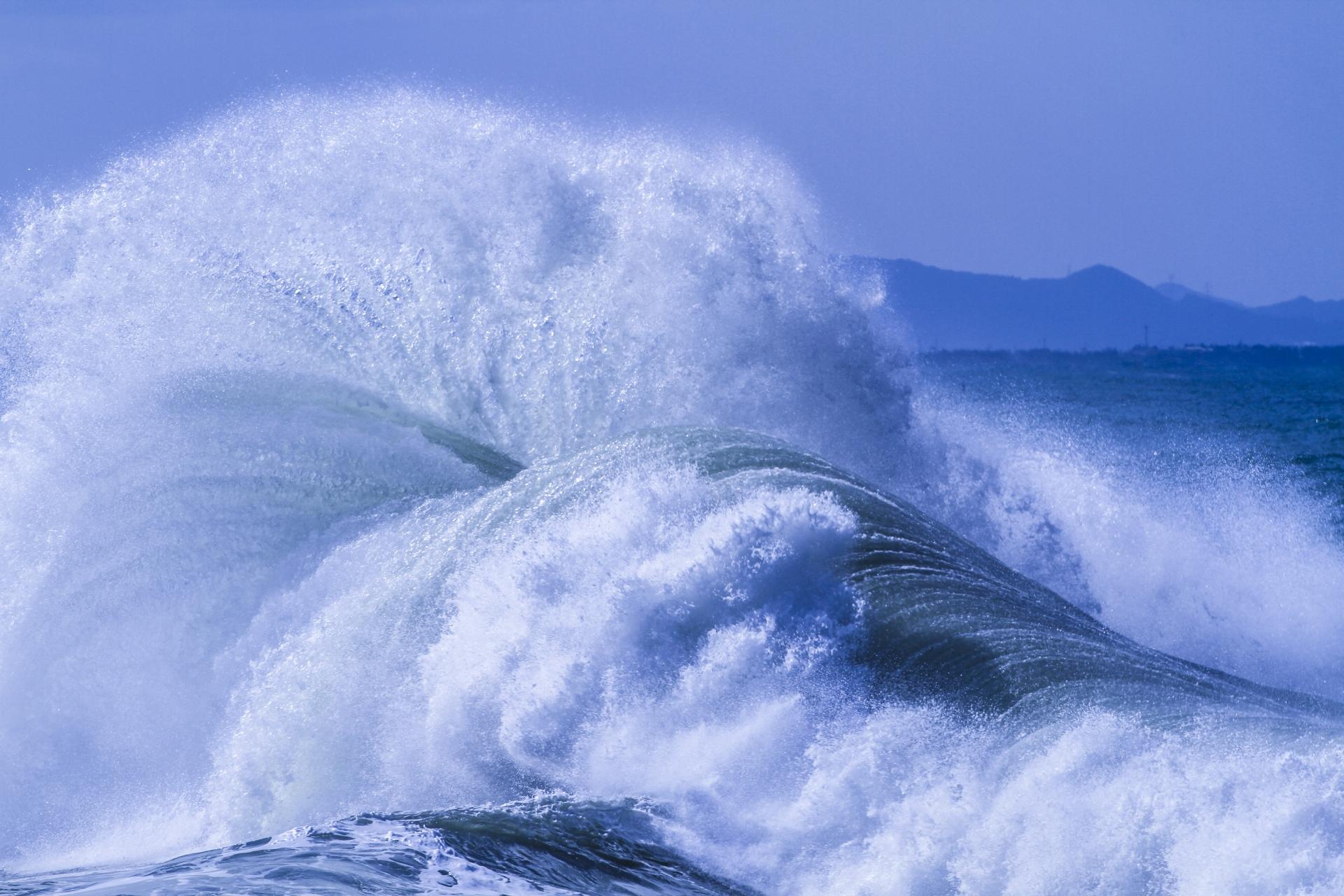 西表の荒波