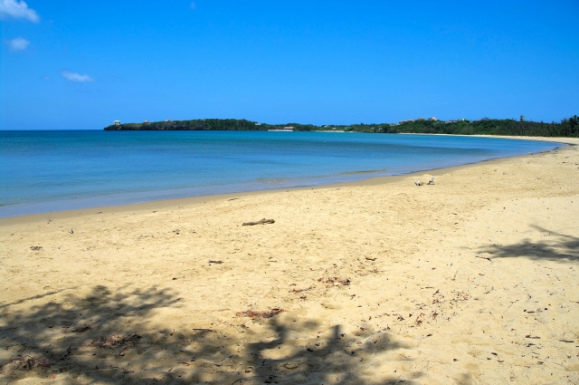 ニラカナイ付近の月が浜