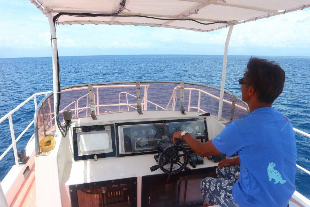 西表島ホットマングローブの船長