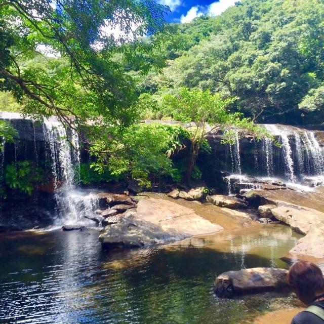 西表島ドライブコースのサンガラの滝