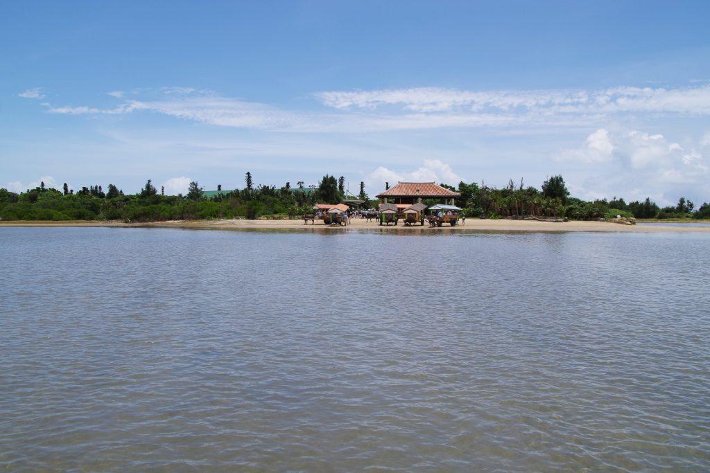 西表島側からの由布島