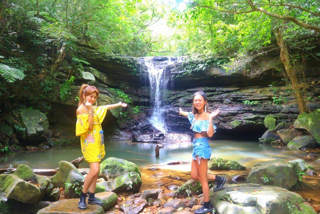 クーラの滝で遊ぶ観光コース