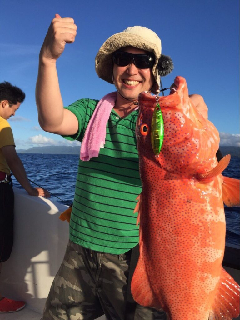 西表島で大物釣りをする人