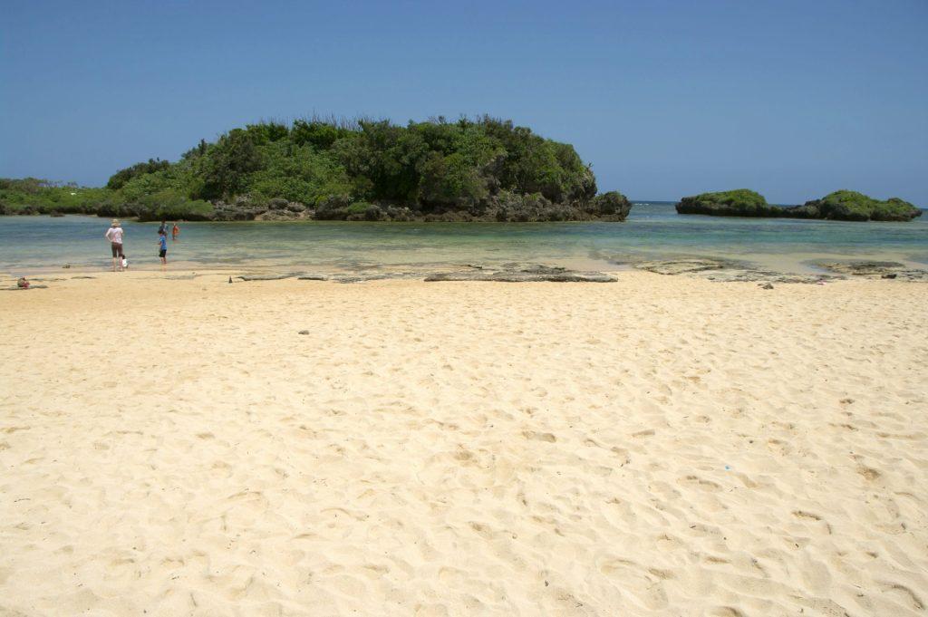 西表の星の砂浜