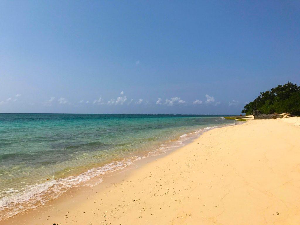 鳩間島の秘密のビーチ