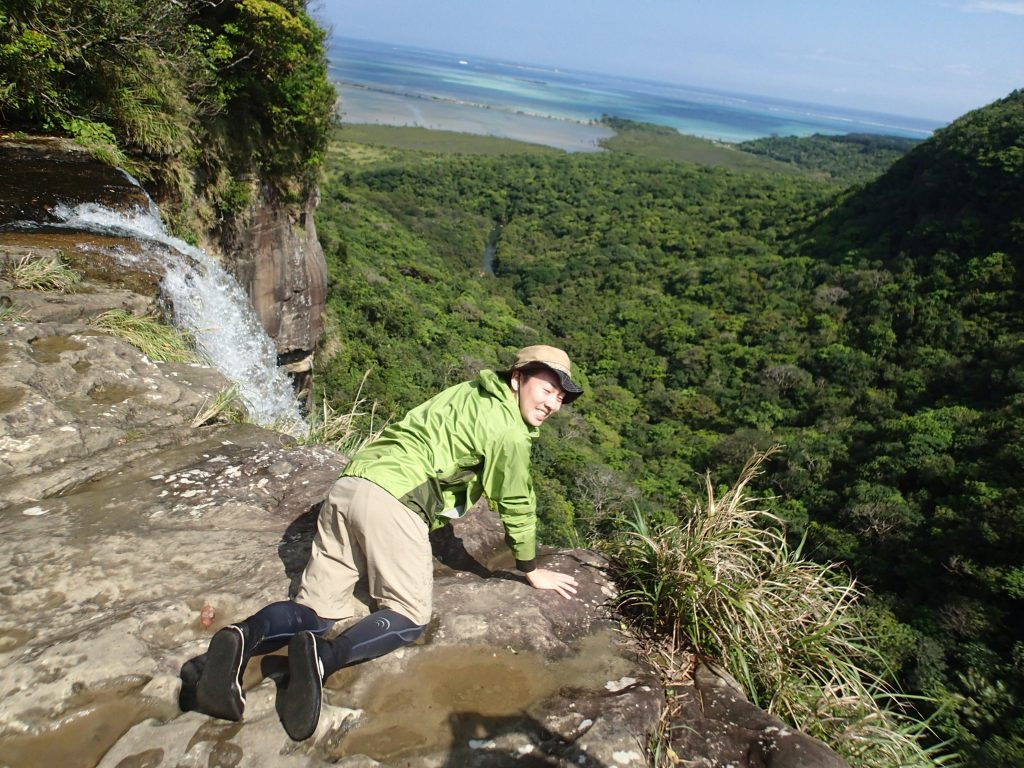 社員旅行で行くピナイサーラ頂上から