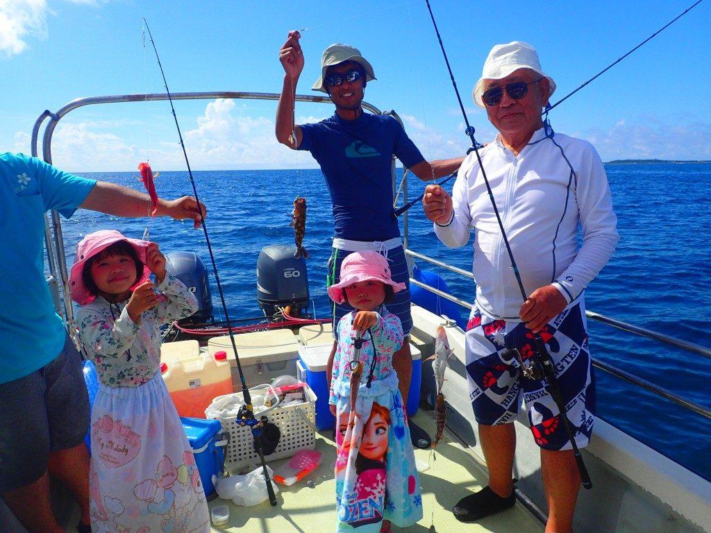 団体での釣りツアー