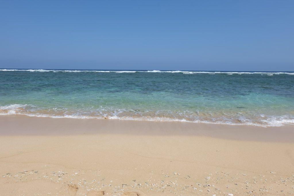 鳩間島のビーチ