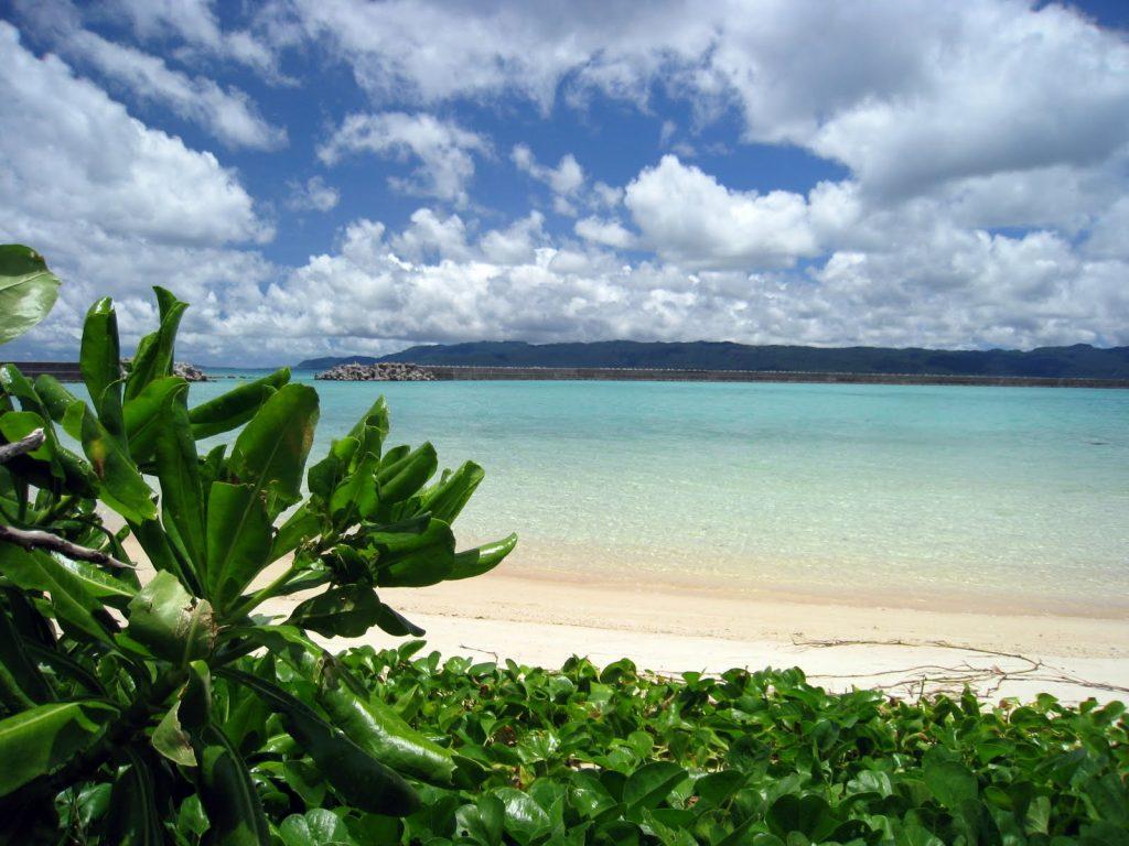 鳩間島ビーチからの風景