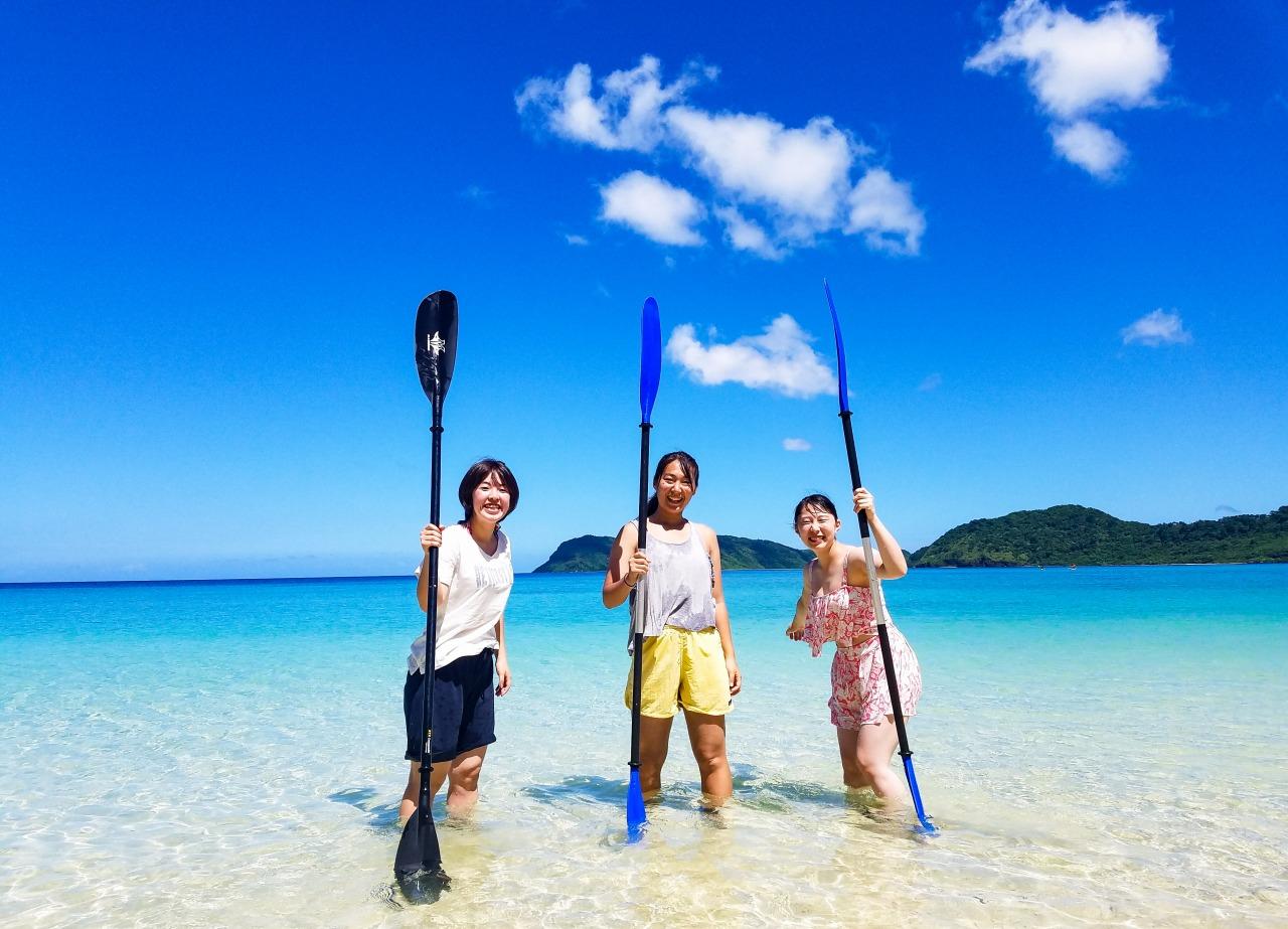 女子旅でイダの浜カヤックツアーに参加