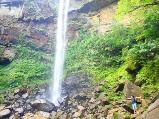 ピナイサーラの滝 滝つぼ